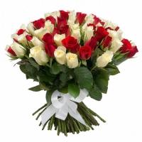 Букет из 101 красной и белой розы (40 см)