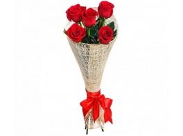 Букет из 5 красных роз