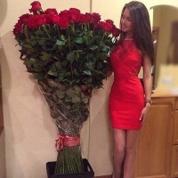 Высокие розы 150 см 101 шт