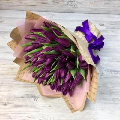 Букет из 51 сиреневого тюльпана №8