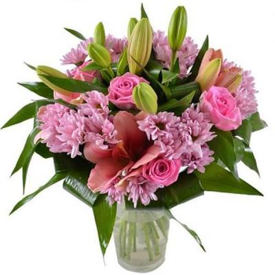 Букет хризантем и лилий «Симпатия»