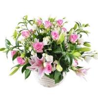 Букет с лилиями и розами «Стильный»