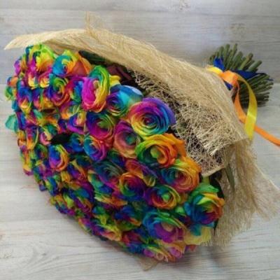 Букет из 101 радужной розы (70 см)