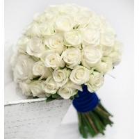 Свадебный букет невесты с белыми розами №281