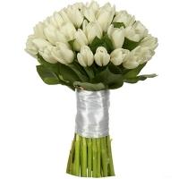 Букет невесты из 51 белого тюльпана