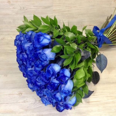 Букет из 51 синей розы (70 см)