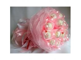 Букет из 15 конфет «Рафаэлло» розовый